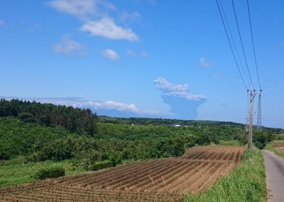 種子島から見た噴煙